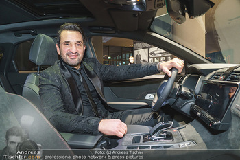 Botschafter für ´die Göttliche´ - PSA Retail, Wien - Do 11.03.2021 - Fadi MERZA am Steuer19