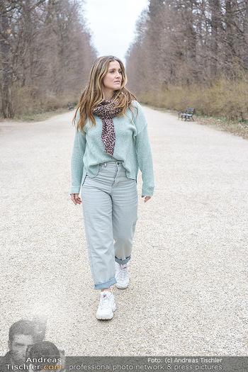 Spaziergang mit Lizz Görgl - Schönbrunn, Wien - Di 23.03.2021 - Elisabeth Lizz GÖRGL12
