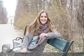 Spaziergang mit Lizz Görgl - Schönbrunn, Wien - Di 23.03.2021 - Elisabeth Lizz GÖRGL (Portrait)27