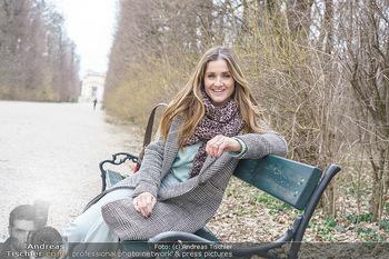 Spaziergang mit Lizz Görgl - Schönbrunn, Wien - Di 23.03.2021 - Elisabeth Lizz GÖRGL28