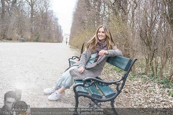 Spaziergang mit Lizz Görgl - Schönbrunn, Wien - Di 23.03.2021 - Elisabeth Lizz GÖRGL30