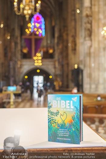 Thomas Brezina Buchpräsentation - Stephansdom, Wien - Do 25.03.2021 - Das Buch Die Bibel in Reimen9
