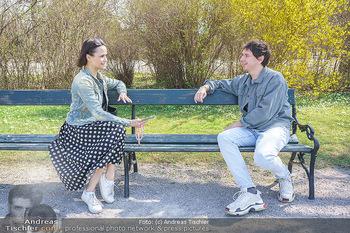 Spaziergang mit Julian Le Play - Schönbrunn, Wien - Mi 31.03.2021 - Julian LE PLAY (Julian Heidrich) interviewt von Romina COLERUS15