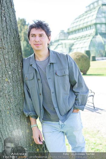 Spaziergang mit Julian Le Play - Schönbrunn, Wien - Mi 31.03.2021 - Julian LE PLAY (Julian Heidrich)21