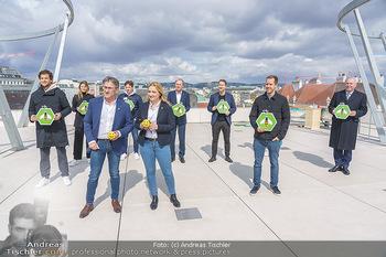 BioBienenApfel PK - MQ Libelle - Mi 07.04.2021 - Gruppenfoto mit allen Botschaftern (ua. Vettel, Thiem, Görgl, K73