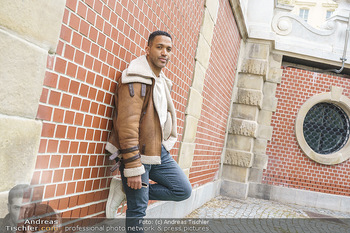 Spaziergang mit Cesar Sampson - Burggarten, Wien - Do 08.04.2021 - Cesar SAMPSON17