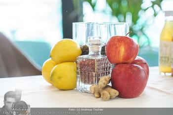 Dorfmeister Gin Präsentation - Weststadtion, Wien - Do 08.04.2021 - Zutaten, Obst, Zitronem, Apfel Äpfel mit Gin33