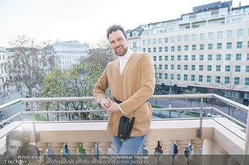 Fotoshooting Elina Garancia - The Ritz Carlton Vienna, Wien - Fr 09.04.2021 - Mode Designer Niko NIKO5