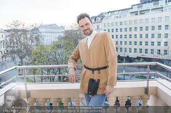 Fotoshooting Elina Garancia - The Ritz Carlton Vienna, Wien - Fr 09.04.2021 - Mode Designer Niko NIKO6