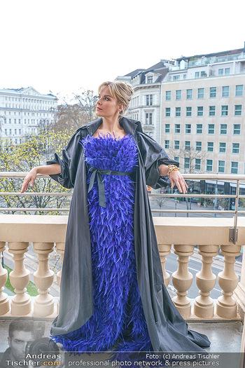 Fotoshooting Elina Garancia - The Ritz Carlton Vienna, Wien - Fr 09.04.2021 - Elina GARANCA31