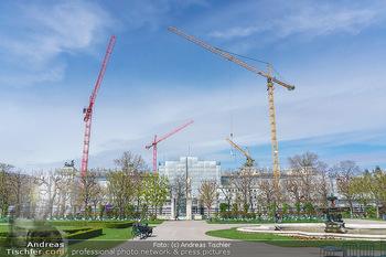 Lokalaugenschein Wien - Wien - Mo 12.04.2021 - Baustelle des neuen Parlaments mit Bau Kränen17