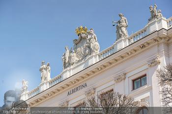 Lokalaugenschein Wien - Wien - Mo 12.04.2021 - Albertina Gebäude Rückseite54