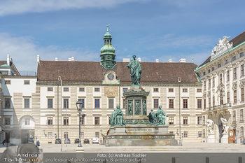 Lokalaugenschein Wien - Wien - Mo 12.04.2021 - Hofburg Innenhof, Denkmal57