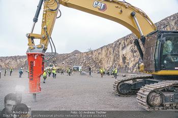 Esterhazy Bergbau PK - Steinbruch Pauliberg, Burgenland - Di 27.04.2021 - Bagger, schwere Maschinen im Steinbruch52
