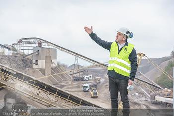 Esterhazy Bergbau PK - Steinbruch Pauliberg, Burgenland - Di 27.04.2021 - Peter FISCHER vor dem Werk81