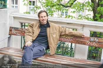 Spaziergang mit Christopher Schärf - Studlhofstiege, Wien - Di 27.04.2021 - Christopher SCHÄRF (Portrait)18