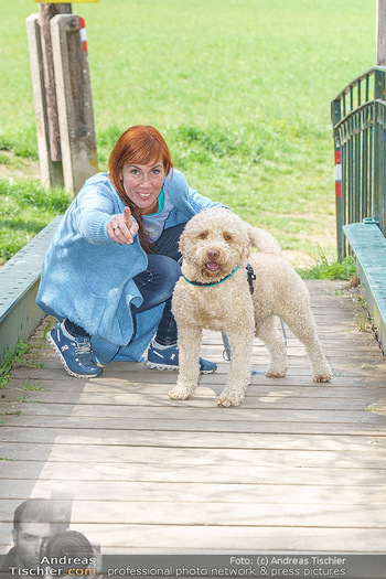 Spaziergang mit Adriana Zartl - Gaaden bei Mödling - Di 27.04.2021 - Adriana ZARTL7