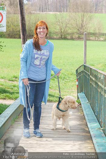 Spaziergang mit Adriana Zartl - Gaaden bei Mödling - Di 27.04.2021 - Adriana ZARTL8