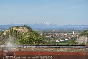 PK zu Turandot - Steinbruch St. Margarethen, Burgenland - Di 04.05.2021 - Blick auf Schneeberg, Rax und Hohe Wand vom Steinbruch St. Marga2