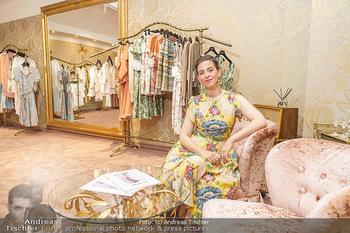 Store Opening - Lena Hoschek Store - Do 06.05.2021 - Lena HOSCHEK in ihrem neuen Store1