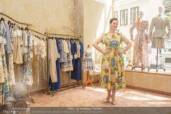 Store Opening - Lena Hoschek Store - Do 06.05.2021 - Lena HOSCHEK in ihrem neuen Store7
