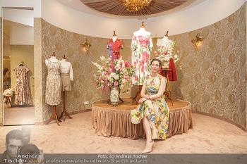 Store Opening - Lena Hoschek Store - Do 06.05.2021 - Lena HOSCHEK in ihrem neuen Store11