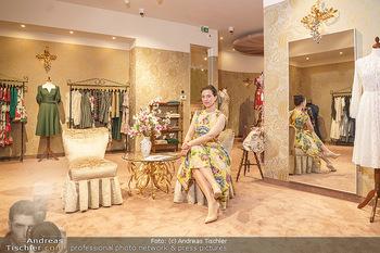 Store Opening - Lena Hoschek Store - Do 06.05.2021 - Lena HOSCHEK in ihrem neuen Store15