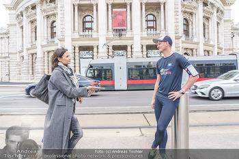 Interview Thomas Morgenstern - Rathausplatz, Wien - Do 06.05.2021 - Thomas MORGENSTERN interviewt von Romina COLERUS12