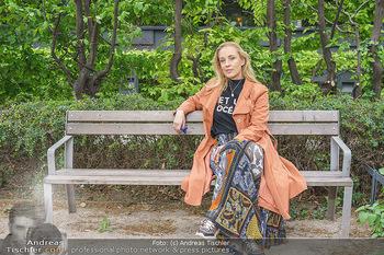 Interview mit Lilian Klebow - Weghuberpark, Wien - Do 06.05.2021 - Lilian Billie KLEBOW14