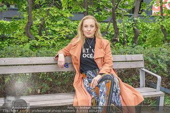 Interview mit Lilian Klebow - Weghuberpark, Wien - Do 06.05.2021 - Lilian Billie KLEBOW15