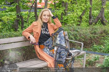 Interview mit Lilian Klebow - Weghuberpark, Wien - Do 06.05.2021 - Lilian Billie KLEBOW16