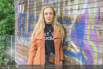 Interview mit Lilian Klebow - Weghuberpark, Wien - Do 06.05.2021 - Lilian Billie KLEBOW18