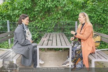 Interview mit Lilian Klebow - Weghuberpark, Wien - Do 06.05.2021 - Lilian Billie KLEBOW, Romina COLERUS28