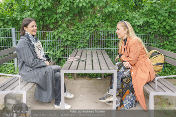 Interview mit Lilian Klebow - Weghuberpark, Wien - Do 06.05.2021 - Lilian Billie KLEBOW, Romina COLERUS29