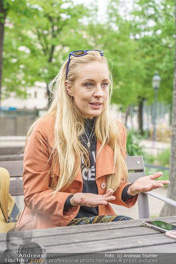 Interview mit Lilian Klebow - Weghuberpark, Wien - Do 06.05.2021 - Lilian Billie KLEBOW30
