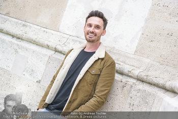 Interview mit James Cottrial - Votivpark, Wien - Do 06.05.2021 - James COTTRIAL (Portrait)1