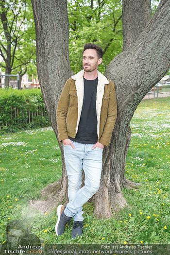 Interview mit James Cottrial - Votivpark, Wien - Do 06.05.2021 - James COTTRIAL8