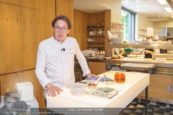 Corona Gastro Re-Opening - Steirereck - Mi 19.05.2021 - Heinz REITBAUER in der Küche13