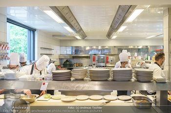 Corona Gastro Re-Opening - Steirereck - Mi 19.05.2021 - Küche, Großküche, wieder in Betrieb, Hektik16