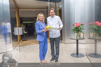 White Panther Garnelen - Steirereck, Wien - Mi 19.05.2021 - Ingrid FLICK, Heinz REITBAUER20