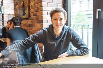 Interview mit Philipp Hansa - Das 1090 - Di 25.05.2021 - Philipp HANSA1