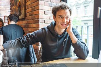 Interview mit Philipp Hansa - Das 1090 - Di 25.05.2021 - Philipp HANSA3