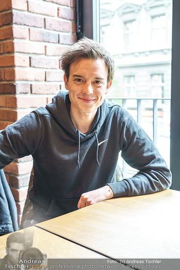 Interview mit Philipp Hansa - Das 1090 - Di 25.05.2021 - Philipp HANSA5