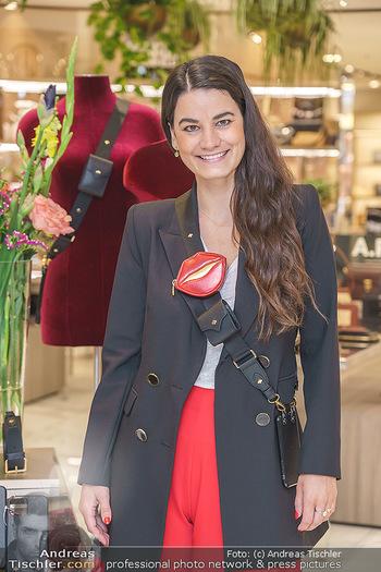 Lili Paul-Roncalli für Any Di - Steffl und Skybar, Wien - Do 27.05.2021 - Designerin Anne DICKHARDT (Any Di Munich)7