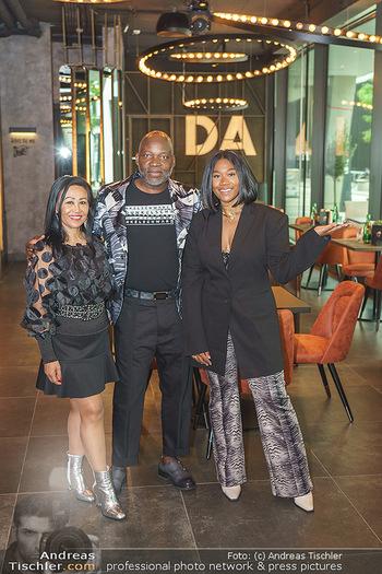 DaRose Vienna Opening - DaRose Restaurant, Wien - Do 27.05.2021 - Familie Rose ALABA mit Eltern George und Gina ALABA6
