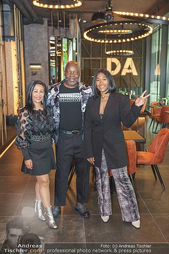 DaRose Vienna Opening - DaRose Restaurant, Wien - Do 27.05.2021 - Familie Rose ALABA mit Eltern George und Gina ALABA7