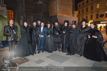 Austria for Life - Stephansplatz, Wien - Fr 28.05.2021 - Gruppenfoto mit Prominenten Teilnehmern um Gery KESZLER13
