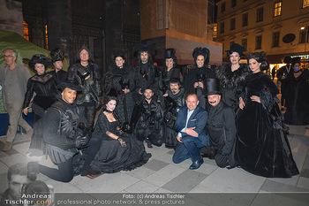 Austria for Life - Stephansplatz, Wien - Fr 28.05.2021 - Gruppenfoto mit Prominenten Teilnehmern um Gery KESZLER14