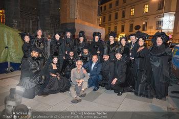Austria for Life - Stephansplatz, Wien - Fr 28.05.2021 - Gruppenfoto mit Prominenten Teilnehmern um Gery KESZLER15