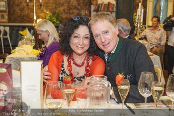 Verleihung Goldener Spargel - Marchfelderhof - Mo 31.05.2021 - Barbara WUSSOW, Albert FORTELL16